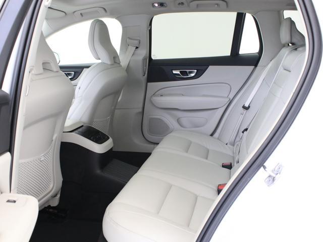 リチャージ PHV T6 AWD インスクリプション PHEV AWD クライメートPKG 前後純正ドラレコ 前後シート&ステアリングホイールヒーター 白革 harman/kardonプレミアムサウンド パワーテールゲート クリスタルシフトノブ キーレス(36枚目)