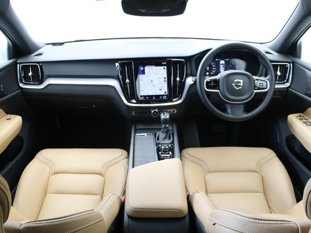クロスカントリー T5 AWD レザーパッケージ メープルブラウンメタリック 前後純正ドラレコ キーレス LEDヘッドライト シートヒーター リアカメラ&360度カメラ 緊急エマージェンシーブレーキ フロント8ウェイパワーシート(4枚目)