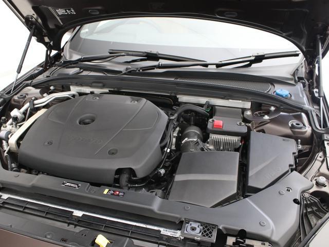 クロスカントリー T5 AWD レザーパッケージ メープルブラウンメタリック 前後純正ドラレコ キーレス LEDヘッドライト シートヒーター リアカメラ&360度カメラ 緊急エマージェンシーブレーキ フロント8ウェイパワーシート(10枚目)