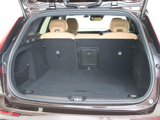 クロスカントリー T5 AWD レザーパッケージ メープルブラウンメタリック 前後純正ドラレコ キーレス LEDヘッドライト シートヒーター リアカメラ&360度カメラ 緊急エマージェンシーブレーキ フロント8ウェイパワーシート(26枚目)