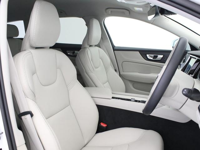 クロスカントリー T5 AWD レザーパッケージ 白革 フロント8ウェイパワーシート&シートヒーター キーレスエントリー パワーテールゲート ダークティンテッドガラス 360度ビューカメラ 18インチアルミ パワーチャイルドロック(30枚目)