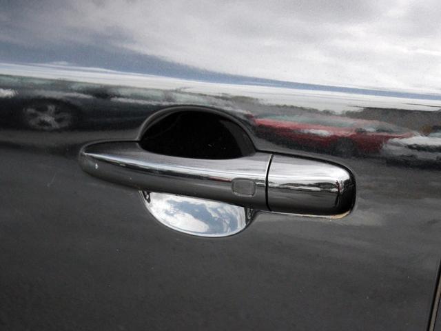 ボルボ ボルボ V60 T4ラグジュアリーエディション15Y  Bカメラ 社内使用車