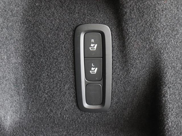 「ボルボ」「XC60」「SUV・クロカン」「東京都」の中古車32