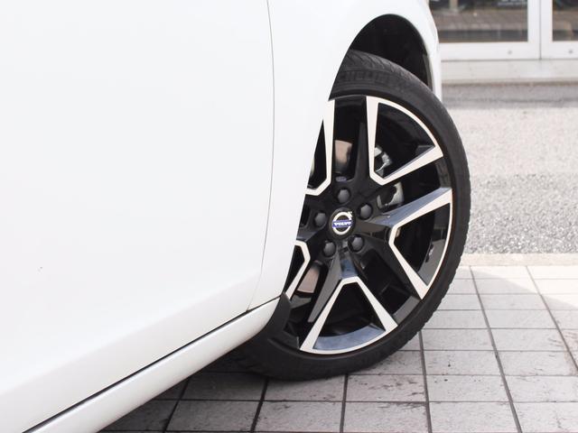 ボルボ ボルボ V60 D4 ダイナミックエディション 特別仕様車 デモカー利用