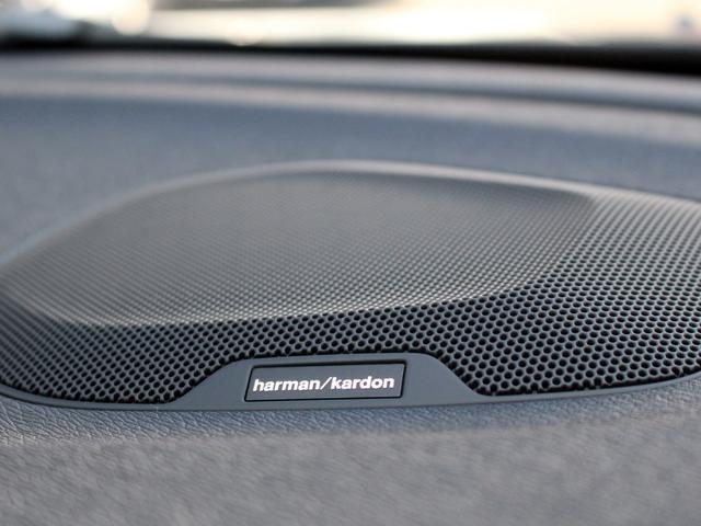 ボルボ ボルボ V40 クロスカントリー D4 サマム LEDヘッドライト