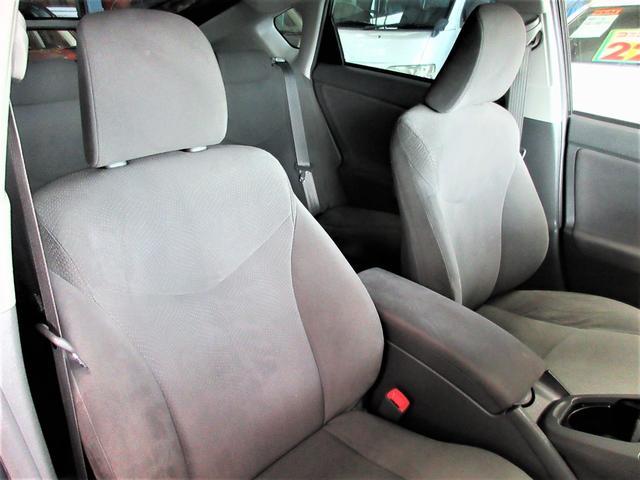 すわり心地の良い専用シート♪もちろん運転席・助手席共にシートもヘタリ・シミ・ほつれ・破れ等もなくキレイな状態です◎一番ダメージが出やすい運転席もキレイです◎