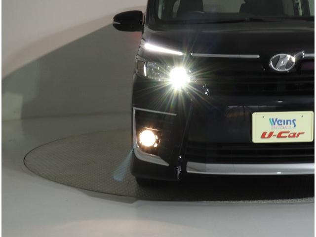 ☆LEDヘッドライトは乱反射が少なく光軸を取りやすいです。