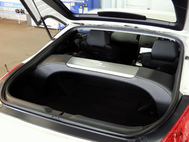 日産 フェアレディZ ベース HDDナビBモニタ3連メーターRスポ18AWキセノン