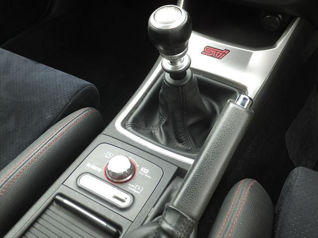 スバル インプレッサ WRX STi 6速MTナビ地デジ半革レカロRスポ18AW