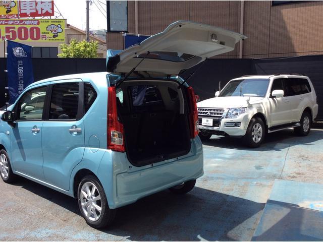 荷物もタップリ収納可能です♪大きな荷物もシートをアレンジで収納力UP!使い勝手抜群のお車です!