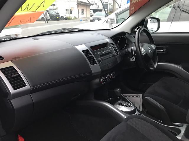 24G 4WD AW18インチ ワンオーナー CD HID(12枚目)