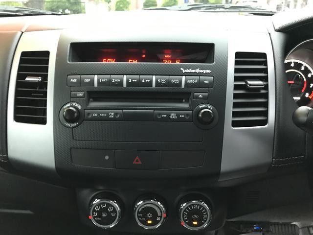 24G 4WD AW18インチ ワンオーナー CD HID(18枚目)