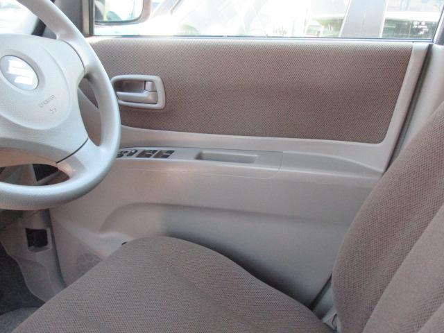 運転席内装です