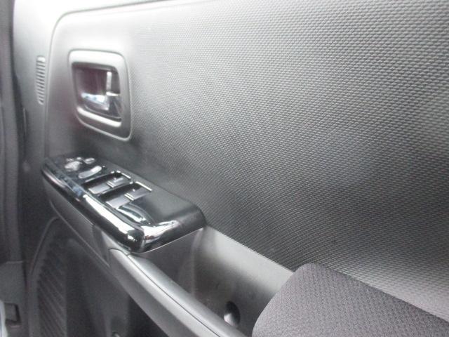 カスタム HYBRID GS 4WD 左側電動スライドドア(14枚目)