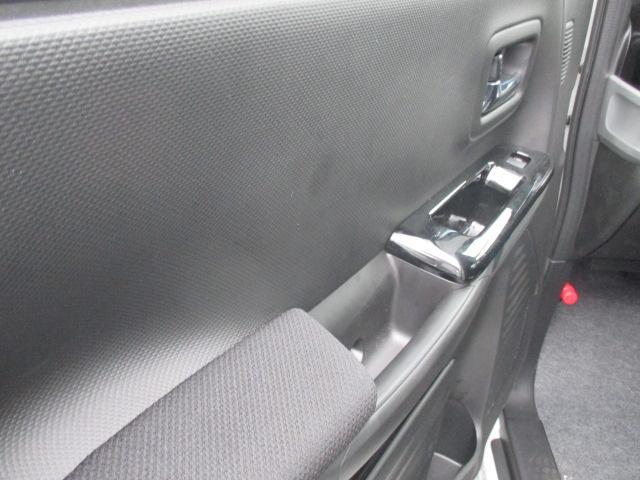カスタム HYBRID GS 4WD 左側電動スライドドア(15枚目)