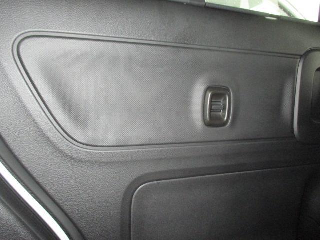 カスタム HYBRID GS 4WD 左側電動スライドドア(24枚目)