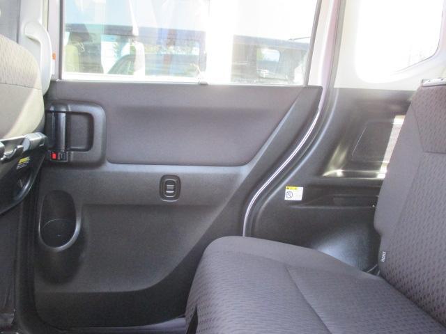 HYBRID MZ MA36S 後席両側電動スライドドア(11枚目)