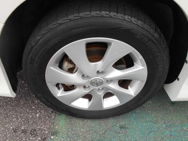 純正アルミでタイヤ交換時のランニングコストも抑えられます。アルミホイールや各種タイヤ交換もご相談も賜ります。