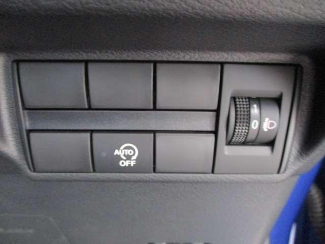 信号待ちの時に、ガソリンを節約出来るアイドリングストップ機能つき。