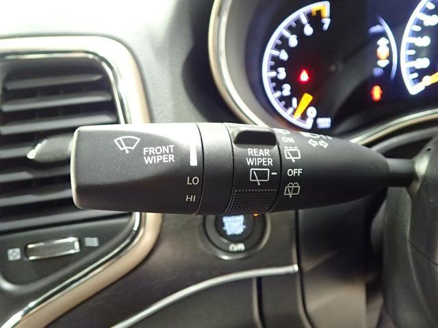 リミテッド 認定中古車保証1年 純正ナビ フルセグ フロントカメラ サイドカメラ バックカメラ レザーシート HIDヘッドライト サイドステップ(69枚目)