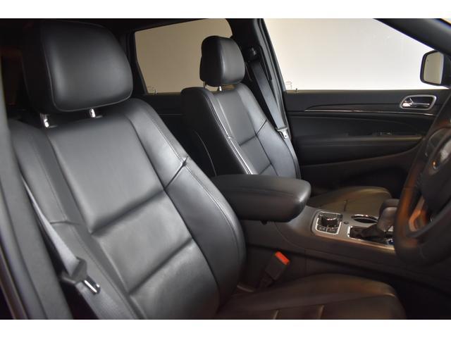 リミテッド 弊社元デモカー 新車保証継承 エアサスペンション AppleCarplay AndoridAuto レザーシート パワーシート シートヒーター シートクーラー ETC アダプティブクルーズコントロール(5枚目)