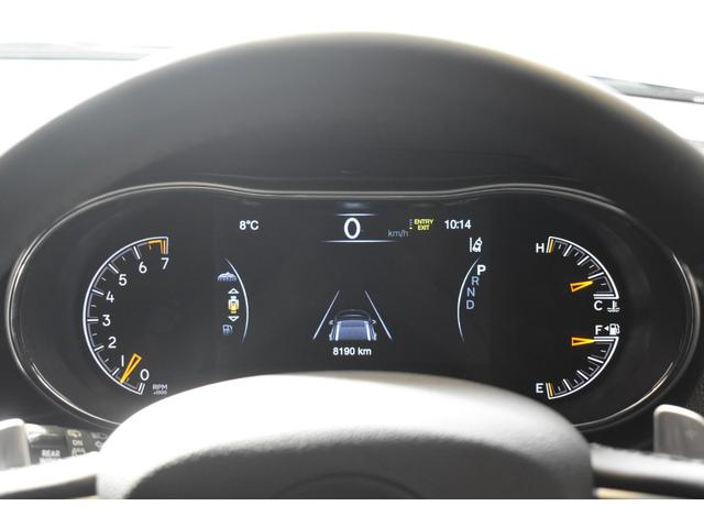 リミテッド 弊社元デモカー 新車保証継承 エアサスペンション AppleCarplay AndoridAuto レザーシート パワーシート シートヒーター シートクーラー ETC アダプティブクルーズコントロール(12枚目)