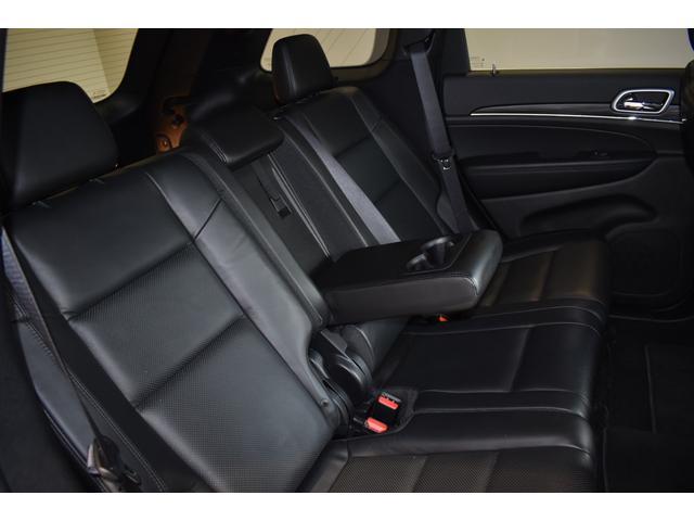 リミテッド 弊社元デモカー 新車保証継承 エアサスペンション AppleCarplay AndoridAuto レザーシート パワーシート シートヒーター シートクーラー ETC アダプティブクルーズコントロール(23枚目)
