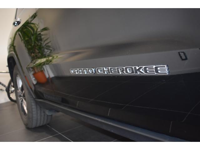 リミテッド 弊社元デモカー 新車保証継承 エアサスペンション AppleCarplay AndoridAuto レザーシート パワーシート シートヒーター シートクーラー ETC アダプティブクルーズコントロール(41枚目)