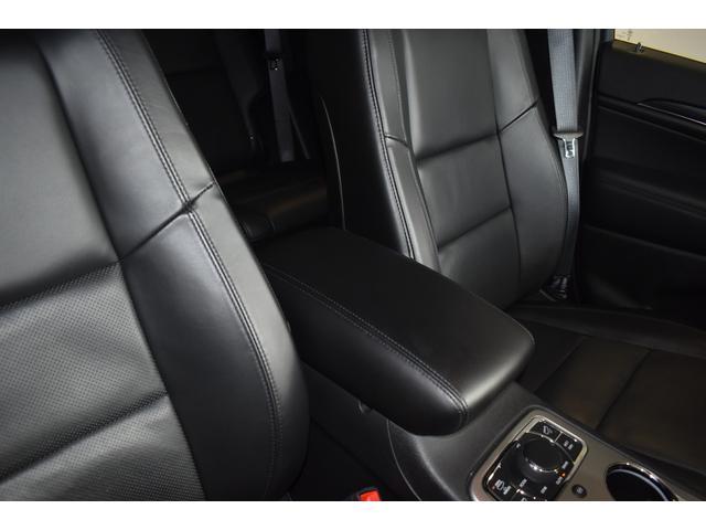リミテッド 弊社元デモカー 新車保証継承 エアサスペンション AppleCarplay AndoridAuto レザーシート パワーシート シートヒーター シートクーラー ETC アダプティブクルーズコントロール(42枚目)