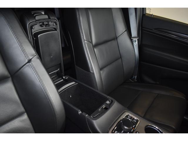 リミテッド 弊社元デモカー 新車保証継承 エアサスペンション AppleCarplay AndoridAuto レザーシート パワーシート シートヒーター シートクーラー ETC アダプティブクルーズコントロール(44枚目)