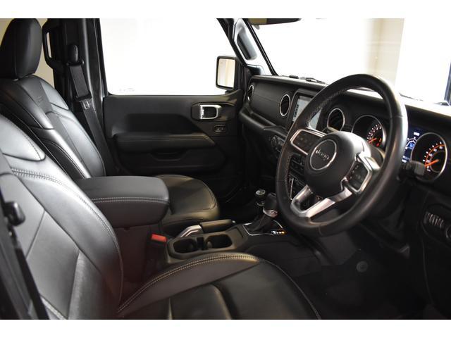 サハラ ワンオーナー車両 LEDヘッドライト LEDフォグライト 18インチアルミホイール ETC2.0 フロントカメラ バックカメラ サイドカメラ SDナビ フルセグ アイドリングストップ(9枚目)