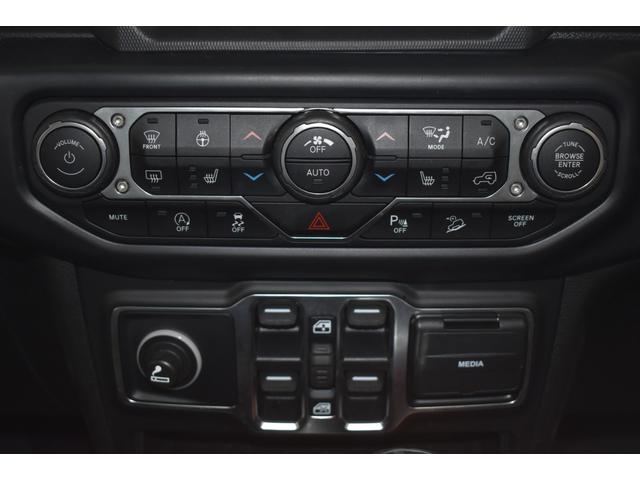 サハラ ワンオーナー車両 LEDヘッドライト LEDフォグライト 18インチアルミホイール ETC2.0 フロントカメラ バックカメラ サイドカメラ SDナビ フルセグ アイドリングストップ(14枚目)