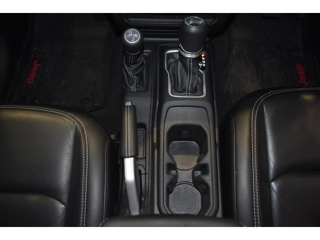 サハラ ワンオーナー車両 LEDヘッドライト LEDフォグライト 18インチアルミホイール ETC2.0 フロントカメラ バックカメラ サイドカメラ SDナビ フルセグ アイドリングストップ(19枚目)