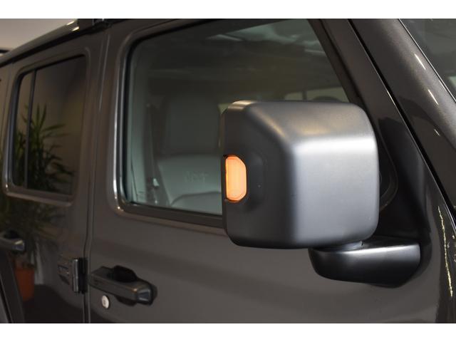 サハラ ワンオーナー車両 LEDヘッドライト LEDフォグライト 18インチアルミホイール ETC2.0 フロントカメラ バックカメラ サイドカメラ SDナビ フルセグ アイドリングストップ(32枚目)