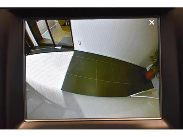 アルティテュード 全国限定135台 HIDヘッドライト LEDフォグライト ハーフレザーシート パワーシート Bluetooth接続 ブラックアクセントJEEPバッジ 純正ブラック20インチAW(18枚目)