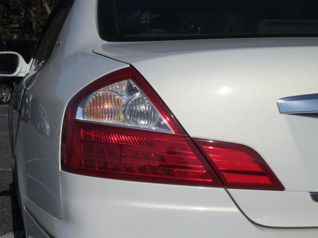 大きなテールレンズは視認性も良く、後方の車にブレーキング時にアピール出来ます。