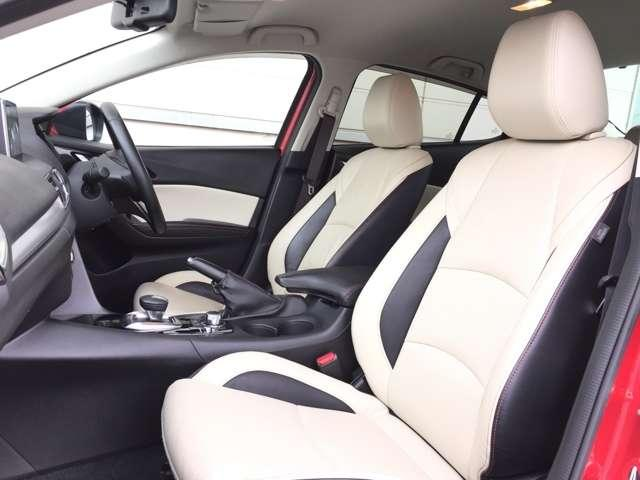 【運転席】 レザーシートなどの状態も良く、目立つような傷や汚れはありません!