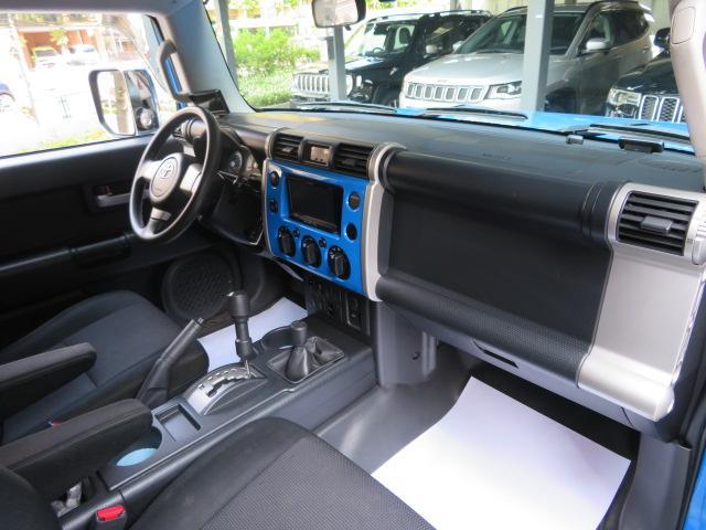「その他」「FJクルーザー」「SUV・クロカン」「東京都」の中古車9