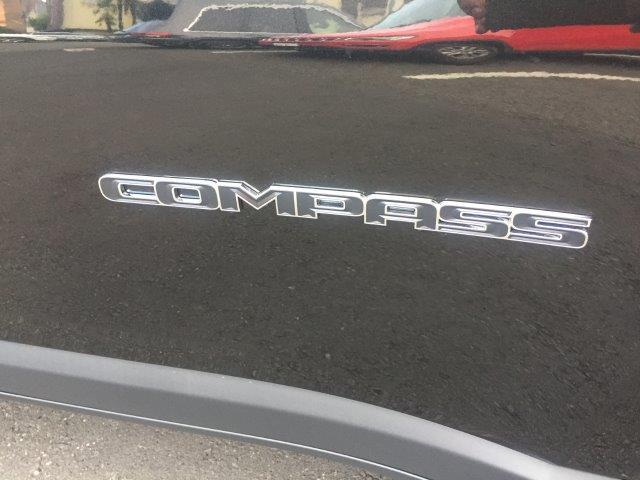 「その他」「クライスラージープ コンパス」「SUV・クロカン」「東京都」の中古車64