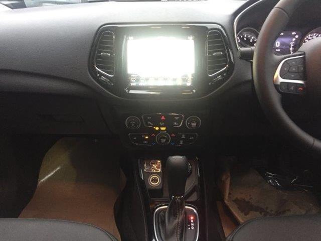 リミテッド登録済未使用車CarPlay BeatsAudio(19枚目)