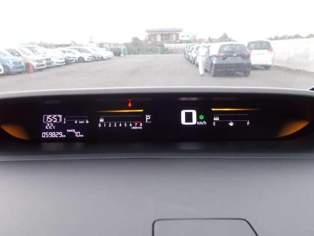 スパーダ ホンダ認定中古車 バックカメラ メモリーナビ フルセグTV ブルートゥース ETC車載器 スマートキー 3列シート ウォークスルー 両側スライド片側電動ドア LEDヘッドライト ワンオーナー(7枚目)