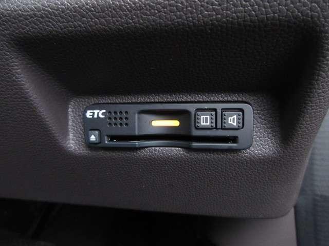 G・ホンダセンシング ホンダ認定中古車 スマートキー ETC車載器 バックカメラ メモリーナビ フルセグTV Bluetooth 3列シート ウォークスルー 両側電動スライドドア オートリトラミラー ワンオーナー(9枚目)