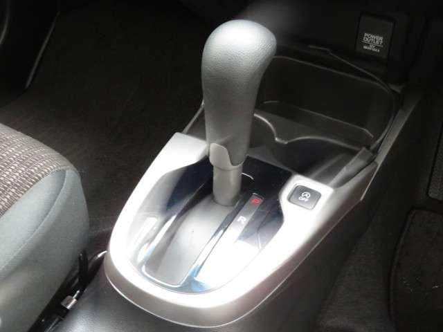 13G・Fパッケージ コンフォートエディション Bluetooth対応ナビ シートヒーター ドラレコ ETC(15枚目)