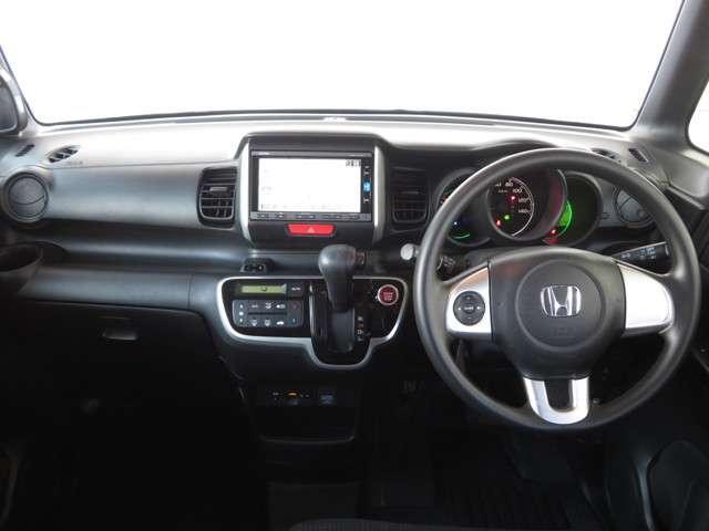 G・Lパッケージ Bluetooth対応ナビ リヤカメラ 衝突被害軽減ブレーキ ETC 両側スライド左電動ドア フルセグTV(9枚目)