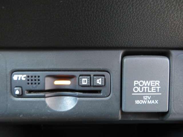 G・Lパッケージ Bluetooth対応ナビ リヤカメラ 衝突被害軽減ブレーキ ETC 両側スライド左電動ドア フルセグTV(18枚目)
