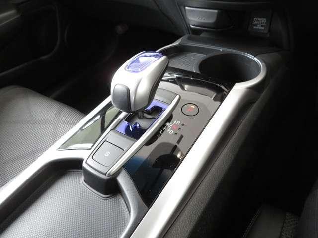 ハイブリッドX Bluetooth対応ナビ 衝突被害軽減ブレーキ リアカメラ ホンダ認定中古車 LEDヘッドライト ETC フルセグTV(13枚目)