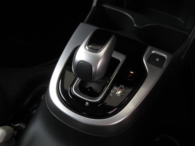 L ホンダセンシング Bluetooth対応ナビ 運転支援 認定中古車(14枚目)