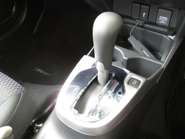13G・L ホンダセンシング デモカー Bluetooth対応ナビ ホンダ認定中古車 ドラレコ 運転支援 クルーズコントロール リアカメラ ETC(14枚目)