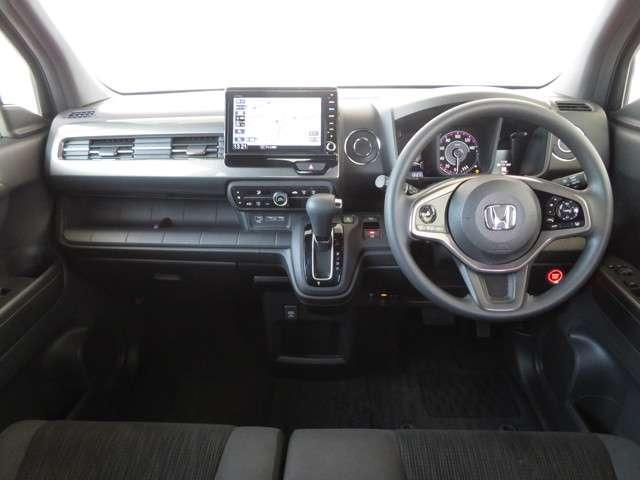Lホンダセンシング デモカー 大型ナビ 運転支援 ホンダ認定中古車 Bluetooth対応 リアカメラ フルセグTV クルーズコントロール LEDヘッドライト シートヒーター ドライブレコーダー(9枚目)