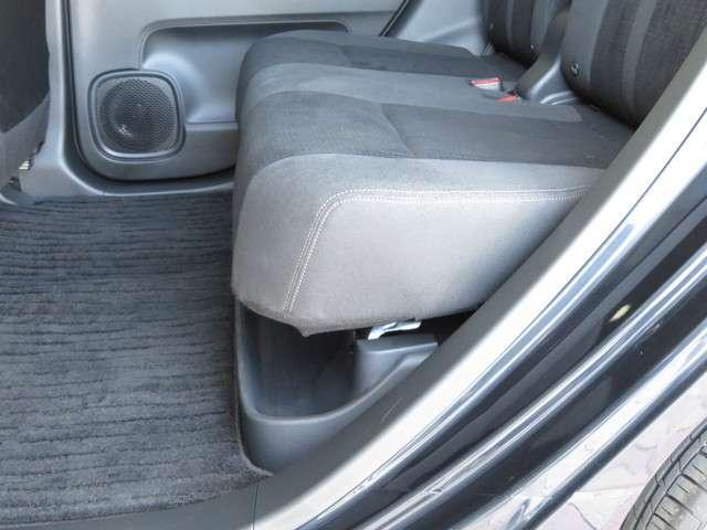 Lホンダセンシング デモカー 大型ナビ 運転支援 ホンダ認定中古車 Bluetooth対応 リアカメラ フルセグTV クルーズコントロール LEDヘッドライト シートヒーター ドライブレコーダー(12枚目)